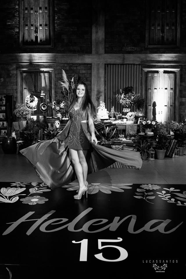 15 anos Helena